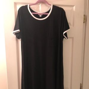 LuLaRoe Black Carly XL